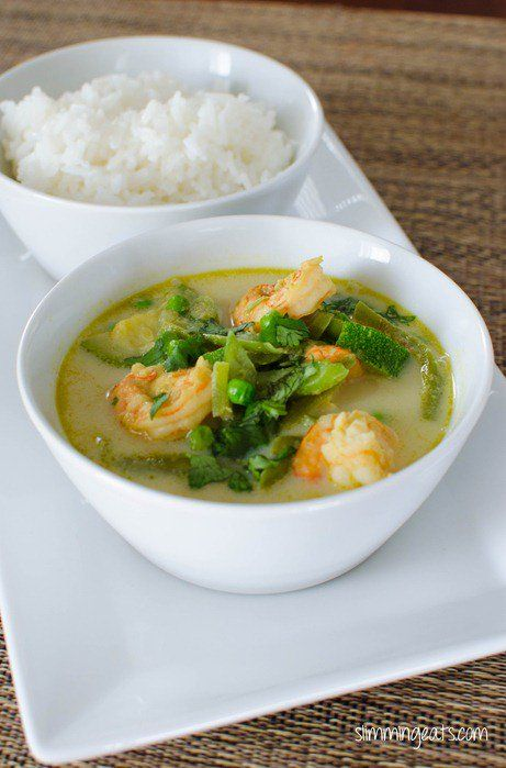 Thai Green Prawn Curry - a low syn version of the deliciously fragrant and coconut based curry that many love - great with rice or cauliflower rice.