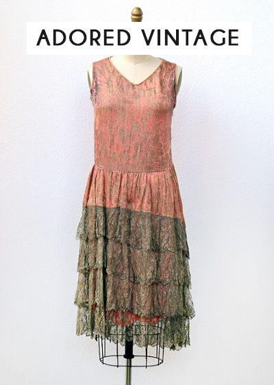 1920s vintage flapper dress. GIVE ME NOW.