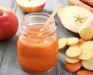 Smoothie 100% détox à la pomme, carotte et gingembre : http://www.fourchette-et-bikini.fr/recettes/recettes-minceur/smoothie-100-detox-a-la-pomme-carotte-et-gingembre.html