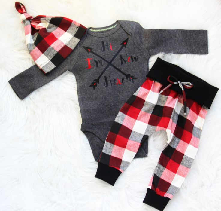 Hi Im new here/baby boy/ coming home outfit/newborn take home set by bibitibobitiboutique on Etsy