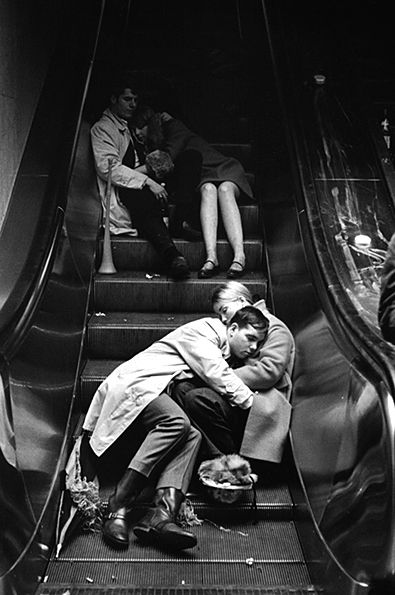 fast asleep: Photos, Leonard Freed, Newyearseve, Grand Central Station, New Years Eve, Eve 1969, Grandcentral, Photography