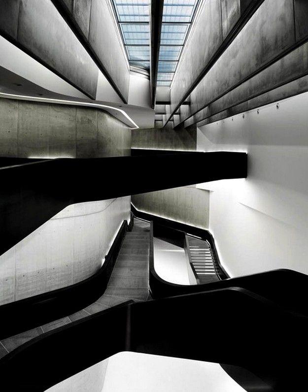Mejores 347 im genes de zaha hadid en pinterest for Arquitectura zaha hadid