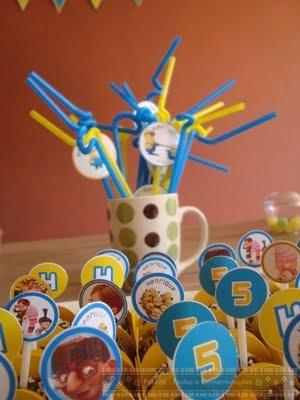 Mesa: Festa Kids, Festa Criativa, Meu Malvado, Malvado Favorito, Festa Alice