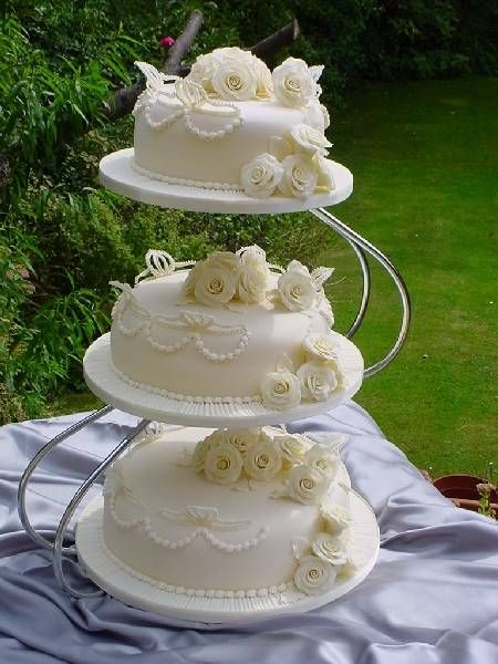 wedding cake 3 separate tiers 170 best images about wedding cakes seperate tiers on 21696