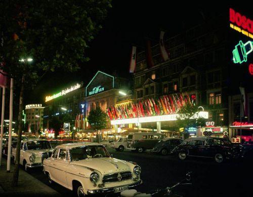 Nächtlicher Kurfürstendamm, Charlottenburg, 1960