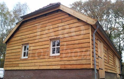 www.jarohoutbouw.nl - 0341-26 26 63 | Landelijke garage | Maatwerkschuur | Houten schuur | Schuur op maat | Veldschuur | Schuur bouwen | Garage van hout | Carport | Garage met overkapping | Veranda aan houten schuur | Houtbouw schuur | Schuur in de tuin | Garage voor auto bouwen | Houten schuur met zadeldak | Garage met plat dak | Garage en dakpannen | Schuur met zonnepanelen | Schuur met loungeruimte | Houtbouw Apeldoorn