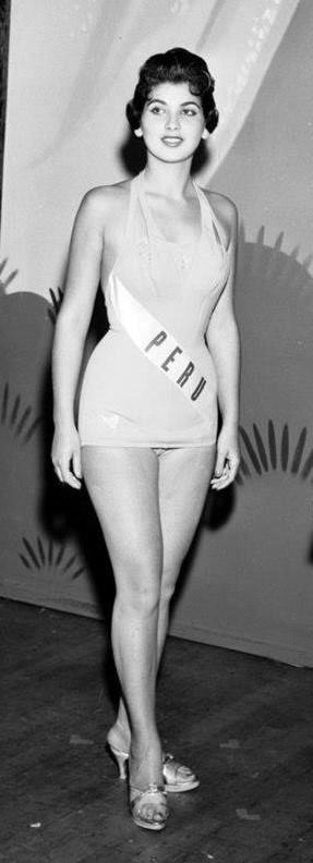 Resultado de imagen para 1958 Beatriz Boluarte