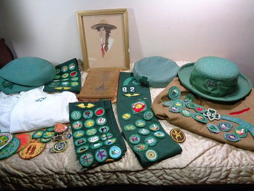 Huge-Girl-Scout-Lot-Old-Hats-Sashes-Badges-Pins-Books-Uniform-Shirts-Patches
