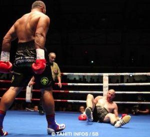 Boxe – Championnat d'Europe UBO : 'Temoo' envoie Alban Galonnier au tapis.