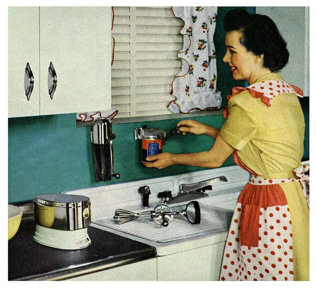 1950s electric can opener and polka dot apron kitchen fun. #vintage #1950s #homemaker