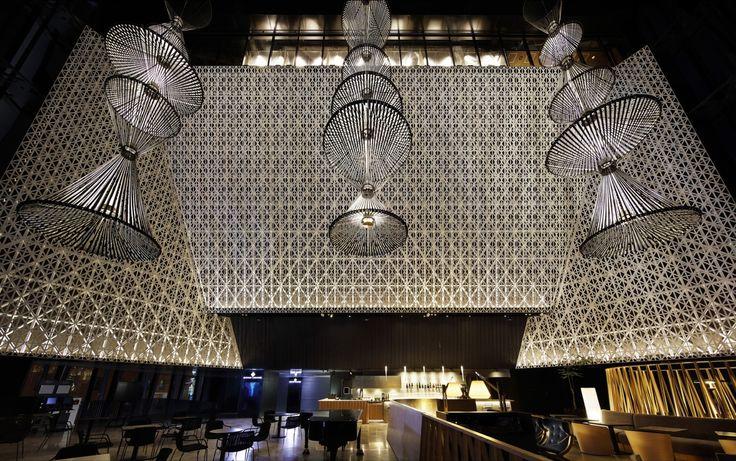 La Galerie du Prix Versailles célèbre 12 projets pour leur architecture commerciale exceptionnelle – 33