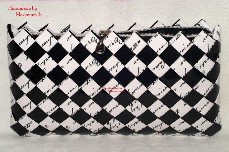 Gentuta-plic din hartie Candy wrapper wallet - handwriting font