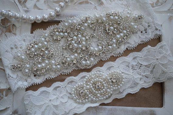 Wedding Garter Set Bridal Garter Set Vintage door OneFancyDay