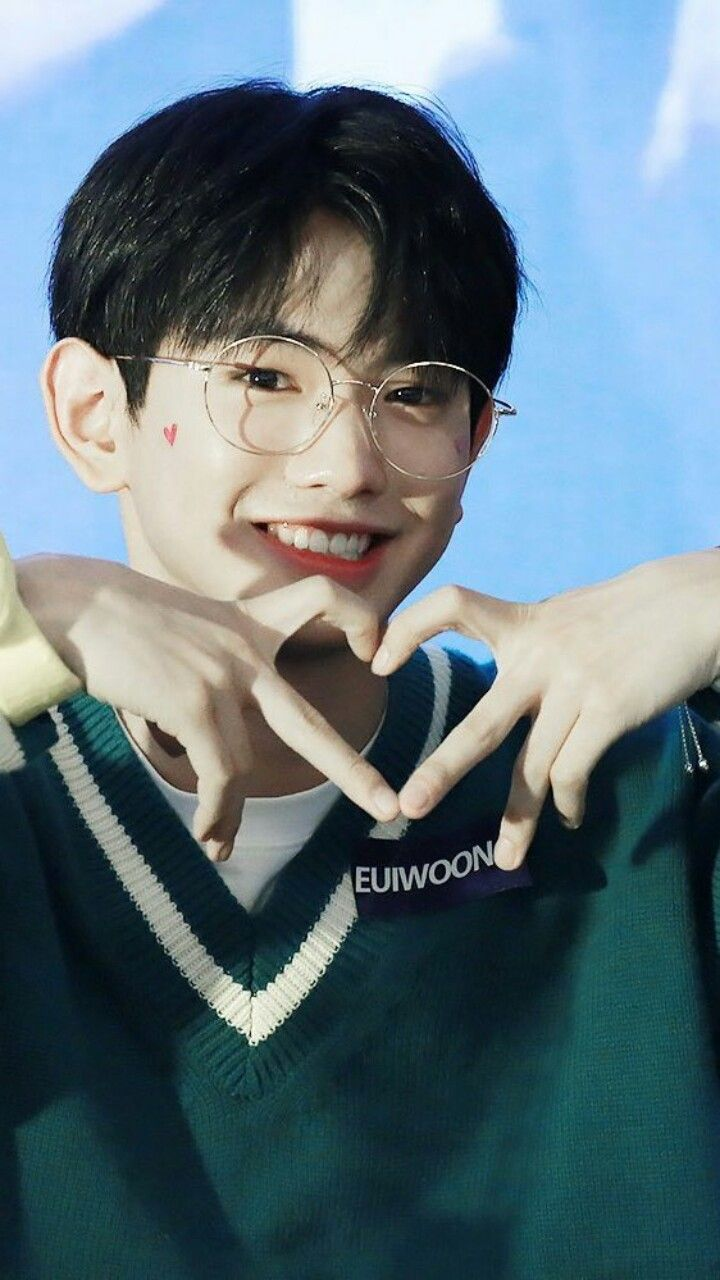 #LeeEuiwoong #Produce101 #P101Wallpaper  Credit to owner