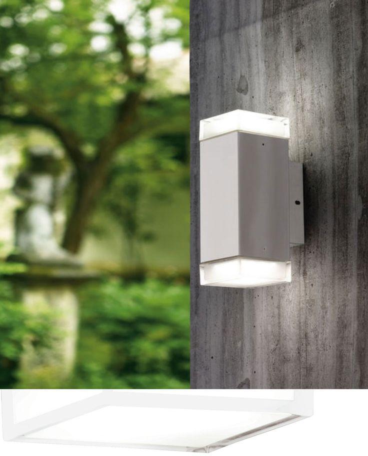 Enkel og klassisk vegglampe fra Eglo som lyser opp veggen både oppover og nedover. Tabo-LED er produsert i rustfritt stål og leveres med utskiftbare LED pærer.