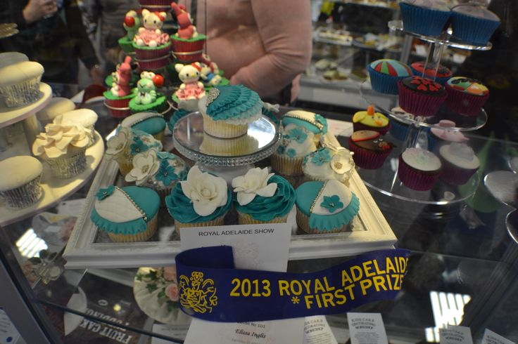 We love the colours in this winning Cake Decorating entry!