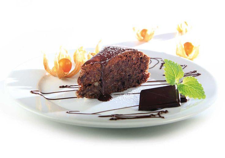 Sjokoladekake uten mel og melk, med Cocosa kokosolje, 70 % sjokolade, og søtet med Steviosa sukker eller pulver. Full oppskrift: http://www.soma.no/oppskrifter/bakverk/sjokoladekake-uten-mel-og-melk
