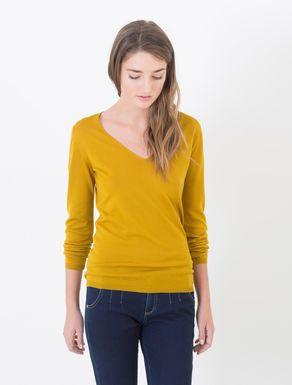 Pure wool V-neck jumper