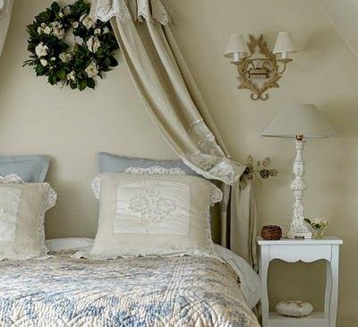 Camera  da  letto  provenzale / Bedroom