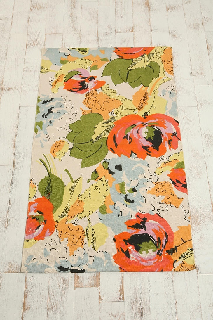 rug: Colors Combos, Prints Rugs, Urban Outfitters, Floral Rugs, Flowers Prints, Laundry Rooms, Colors Palettes, Watercolor Flowers, Bathroom Rugs