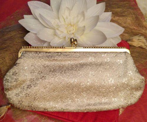 Pochette-ceremonie-mariage-nacree-satinee-brillante-vintage-luxe-comme-neuve