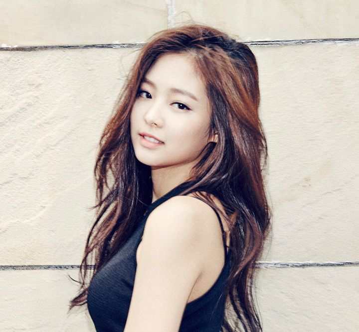 """""""Jennie (Jennie Kim)"""" is an upcoming South Korean singer shes is currently a trainee under YG Entertainment awaiting debut in 2016."""