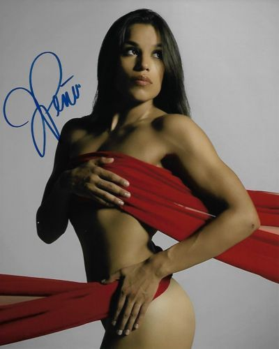 Julianna-Pena-8x10-Autographed-Metallic-Photo-1-Signed-UFC-200-FOX-MMA-TUF-HOT