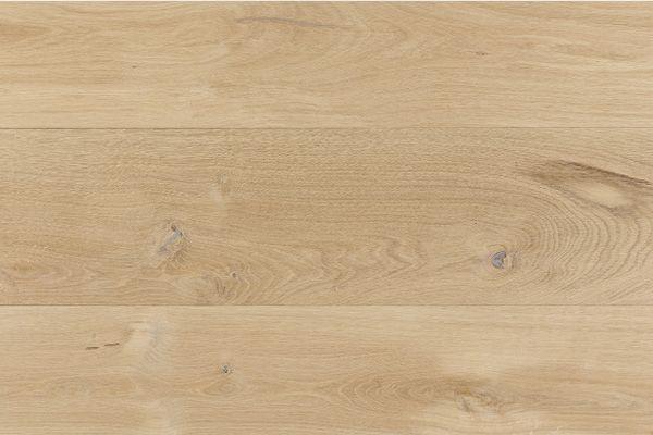 ユーロオークナチュラルS 180 用途 [仕上] フローリング(無塗装品) 材質:欧州産ホワイトオーク 規格:20×180×乱尺 等級:ナチュラル(節や濃い色むらを含みます) 梱包:都度協議