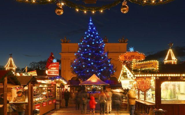 Blauer Lichterglanz Weihnachtsmarkt In Der Potsdamer Innenstadt Potsdam Marketing Und Service Gmbh Innenstadt Potsdam Weihnachtsmarkt