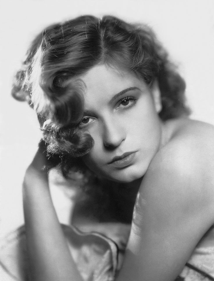 Lili Damita (July 10, 1904 – March 21, 1994) was a French actress who appeared in 33 movies between 1922 and 1937.