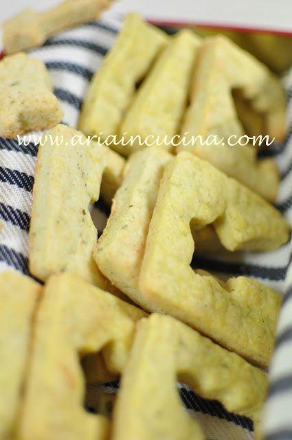 Blog di cucina di Aria: Biscotti di Natale salati al pecorino e origano