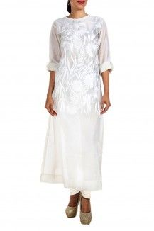 Flower And Leaf Embroidered White Kurta By Samant Chauhan  Rs. 12,000
