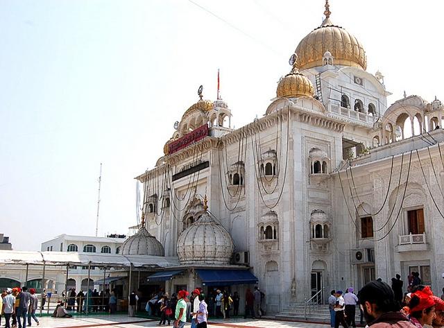 Gurudwara Bangla Sahib, Sikh temple - front view