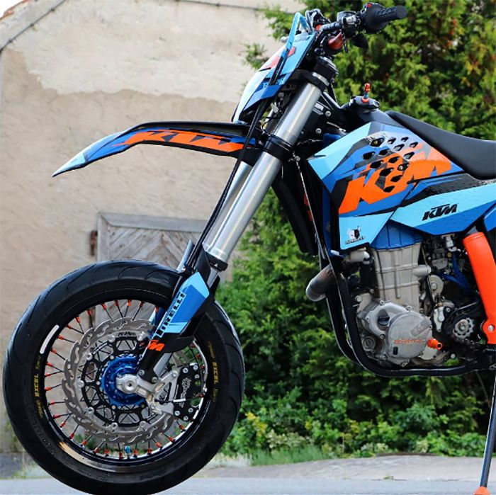 Killer custom KTM 450 EXC Supermoto