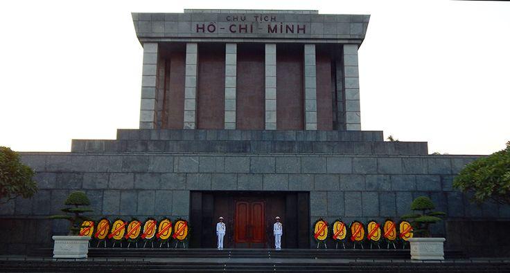 Ho Či Minovo Mauzoleum. #hanoj #cestovani #mauzoleum #travel #vietnam