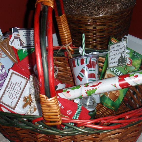Make Yourself Gift Basket Ideas: Inexpensive DIY Christmas Treats