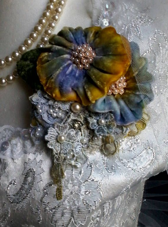 Hey, I found this really awesome Etsy listing at https://www.etsy.com/listing/520373696/velvet-shabby-brooch-corsage-hair