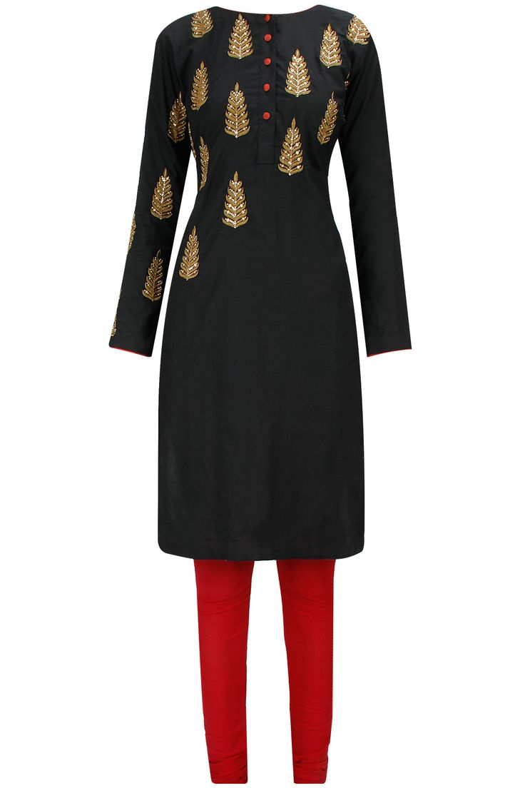 Black embroidered kurta with maroon churidaar and dupatta available only at Pernia's Pop-Up Shop.