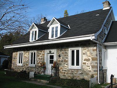 355 best images about anciennes maisons du qu bec on for A la maison de pierre et dominique montreal