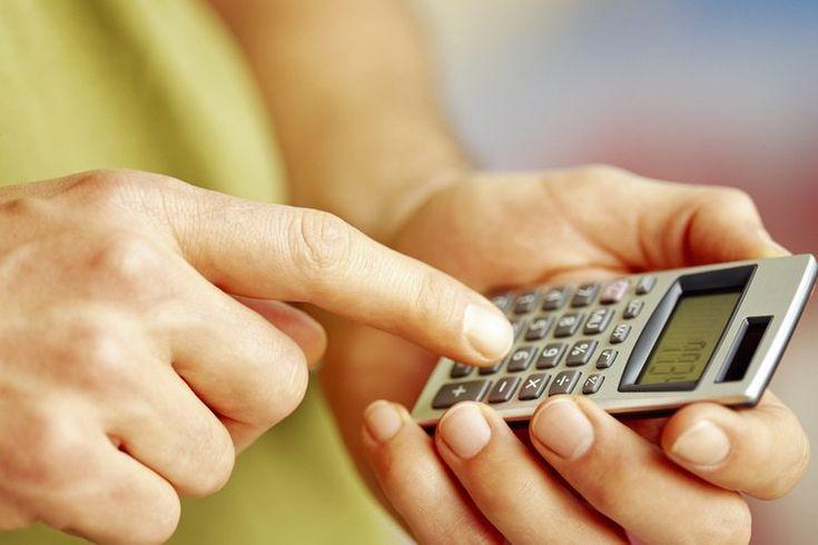 Cómo calcular el BMI en Excel. El BMI -o Índice de Masa Corporal- es un cálculo que utiliza la estatura y el peso de una persona para determinar la gordura y los riesgos que tiene para ciertas enfermedades del cuerpo. Cuanto mayor sea el índice de masa corporal, es más probable que un individuo ...