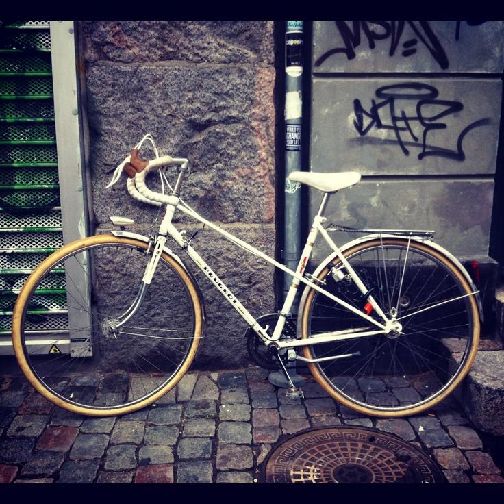 1000 ideas about peugeot bike on pinterest road bike. Black Bedroom Furniture Sets. Home Design Ideas