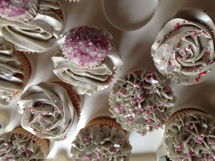 Silver and pink cupcakes