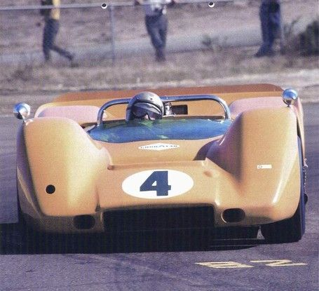 Bruce McLaren - McLaren M6A Chevrolet - McLaren Cars, Ltd. - Monterey Grand Prix Laguna Seca - Can-Am Laguna Seca - 1967 Canadian-American Challenge Cup, round 4