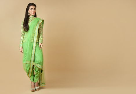 Effortless, edgy and gorgeous this outfit from Benzer is sure to make heads turn this season! Item number W15-126