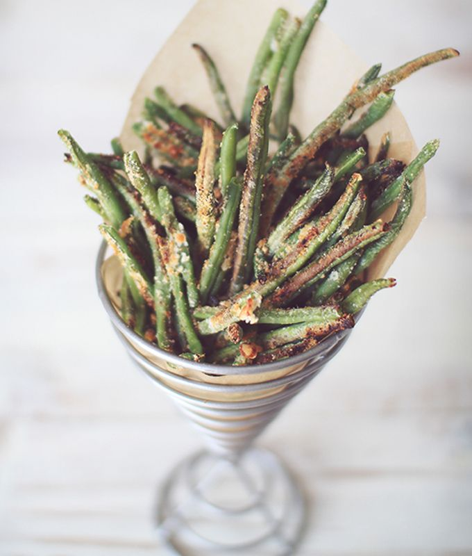 Crispy Baked Parmesan Green Beans by Dining Dish