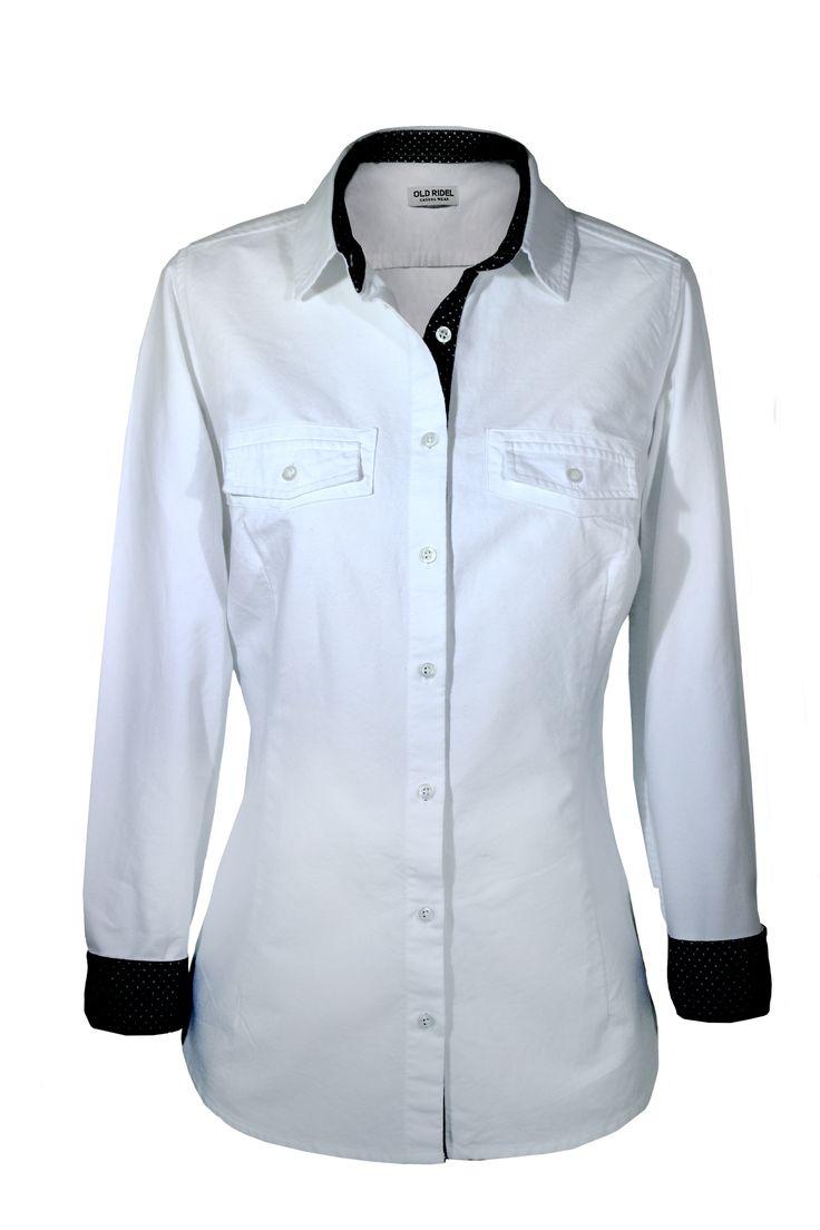 Camisa mujer blanca popelín con detalles en el puño y cuello azul marino y topos blanco www.oldridel.com