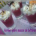 Une petite verrine toute fraiche pour un apéro d'été pour 4 minis verrines : 1 betterave rouge cuite20 cl de creme liquideune poignée de...