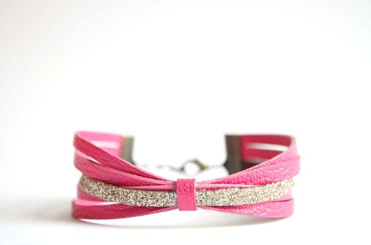 Bracelet ELYH- cuir rose (fushia) et paillettes