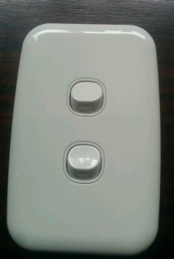 Clipsal Two 2 Gang Light Switch Double Wall Plate White Slimline SL2032VA