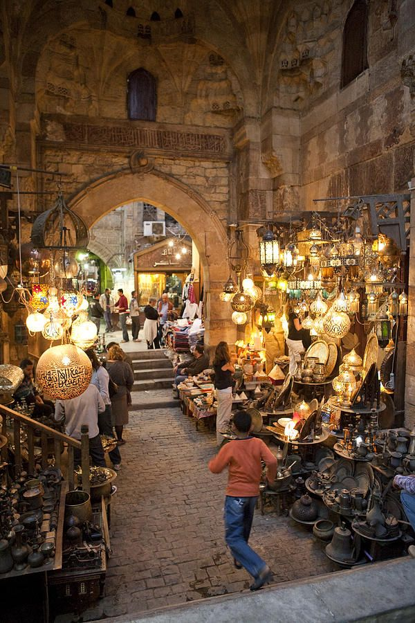 Khan el Khalili market in Cairo, Egypt - Been here, spent small amount of money, bought lots of things, will go again!    #visit_egypt